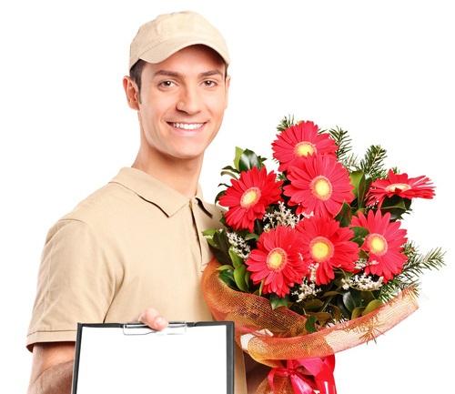 Курьер для цветов и подарками